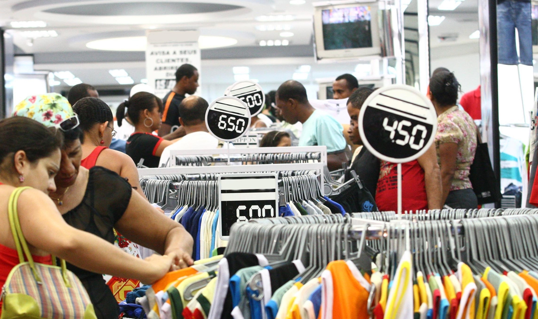 Comércio de rua abre no próximo sábado e domingo em Umuarama