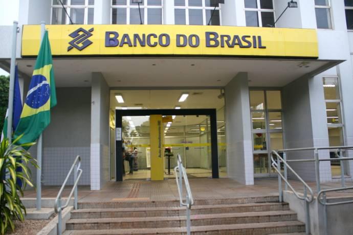 Agência do Banco do Brasil fica fechada até às 12h nesta sexta