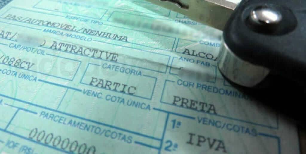 Motorista que não pagar IPVA pode receber multa e ter o nome negativado