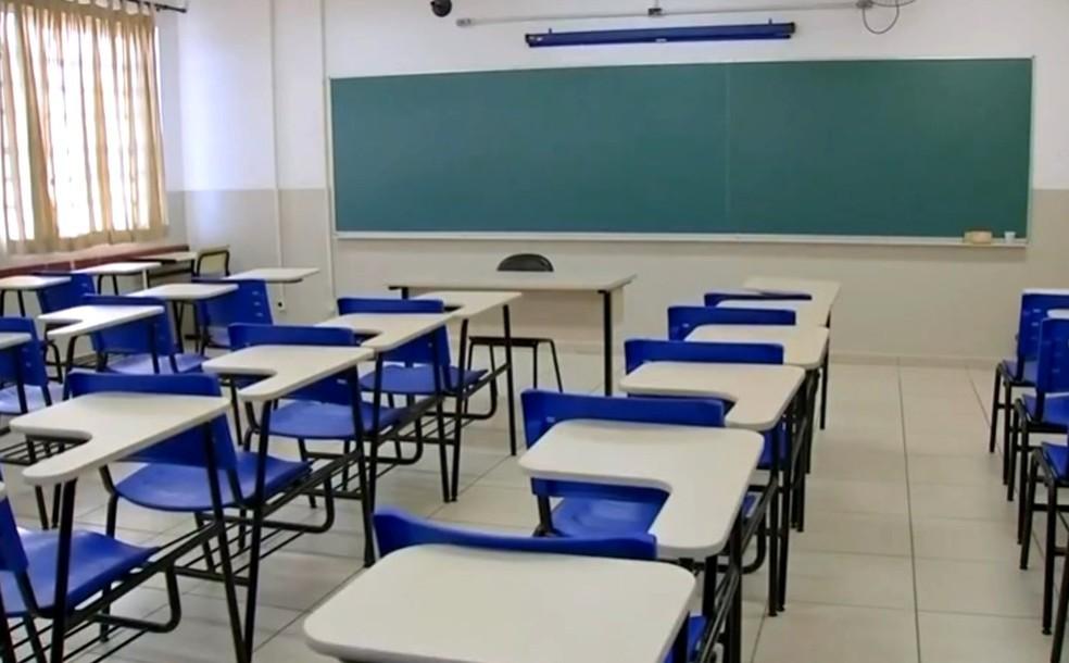 APP-Sindicato protocola pedido para suspensão das aulas presenciais em Umuarama