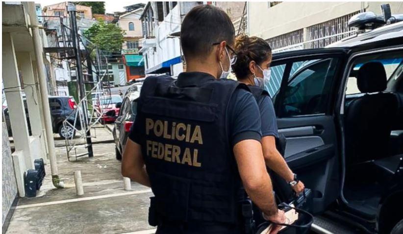 PF cumpre mandados de prisão em Umuarama